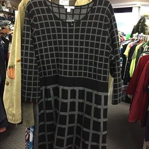 Isaac Mizrahi live long sleeve dress sweater dress
